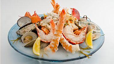 hollywood casino columbus crab legs